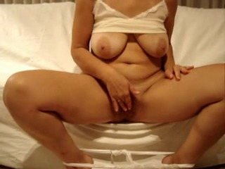 Amatuer wives masturbation video