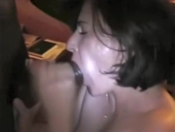 Amateur wife sucks black