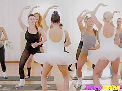 Pussylicked ballet hotties dicksucking in trio