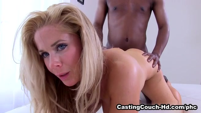 Couch porn clips casting