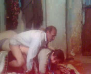 porno-lyubitelskoe-arabov