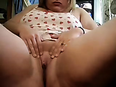BBW Rubbing Clit