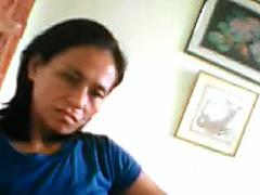 FILIPINA mature EDITHA NAVARES SHOWING HER GREAT NIPPLES