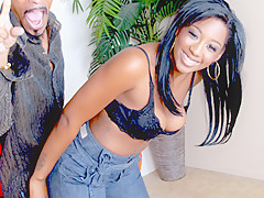 Hot Babe Delighted To Find A King-Size Cock - RealBlackExposed