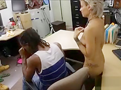 Pawnkeeper banging girl of a black guy in the backroom
