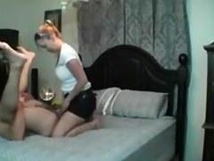 Chicas ensenando nalgas