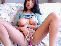 Babe Xxxwildcatxxx Flashing Boobs On Live Webcam Part 01