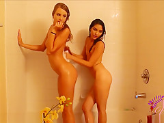 ManyVids SweetxMelody Wet Babes Live Premium Video HD
