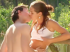 hot young teens (18+)