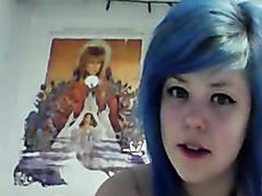 Sexy emo girl masturbates on webcam