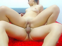 Lisaken09 from cam4 fucks with a guy with a smallcock