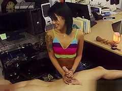 Asian pawnshop amateur tugs before doggystyle