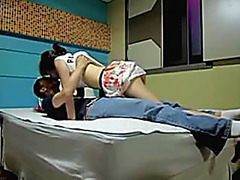 Korean sex episode dilettante girlfriend screwed in couch by her Korean boyfriend