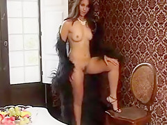 Turkish amateur babe gives her man killer head and play hide the falafel in her tight pussy damm