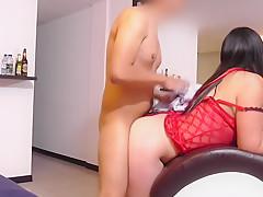 SEXY LATINA KARINA SELENE VELEZ ESCORT EN QUITO GRITANDO Y PIDIENDO MAS