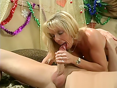 Carol Cox Fucks A New Very Hot French Fan