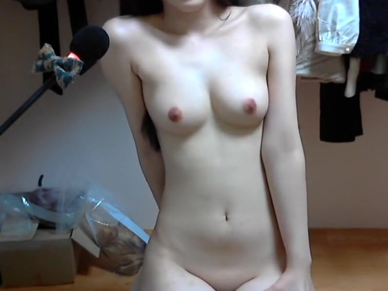 weird vagina insertion nud gif