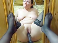 she fucks her holes