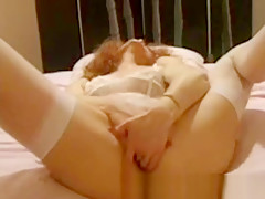 Extreme insertions solo redhead Chantal