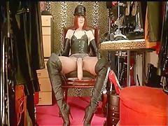 Kinky Leather Strapon Mistress - ImLive