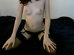 Alluring Gf sucks wang for jism on livecam