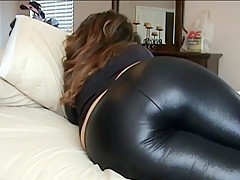 Lizzy spandex farting and sharting