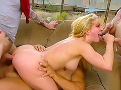 Desert dp banging for busty blonde