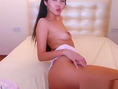 Thai Hot Slut Orgasming On Web