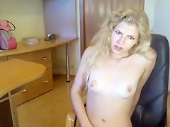 rainbow_smile dilettante record on 07/05/15 06:03 from chaturbate