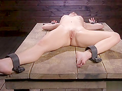 Exposed ass slave gets ass flogged