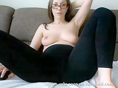 Babe In Yoga Pants Masturbating On Webcam - TheGFNetwork