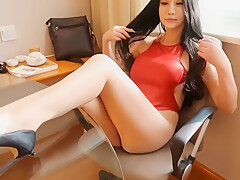 Chinese Shiny pantyhose