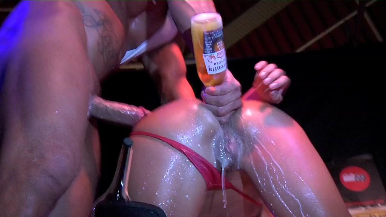 ladyboys masturbating