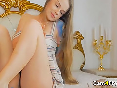 Hot Blonde Loves to Play Her Holes