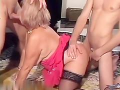 Ngentot prawan rumahporno Sex mom and sun java hihi