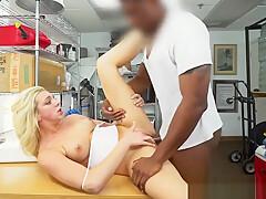 Twerking babe rides big black cock at casting
