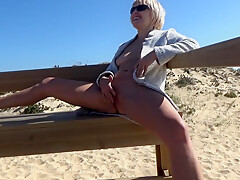 ORGASM WITH SQUIRT ON THE WAY TO THE PUBLIC BEACH.