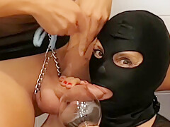 xLadyJumi & xSlave - Our Fresh Pee In Our Thirsty Mouth