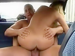 доктор трахает пациентку в коме порно
