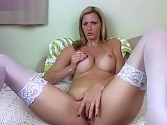 Ashley Mason masturbating on webcam
