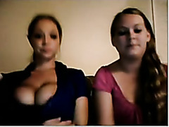 Teen babes showing their tits