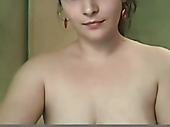 Slut girlfriend masturbates her hairy pussy on webcam